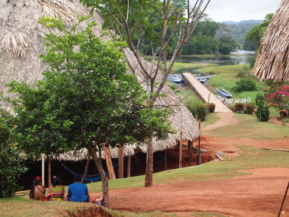 Comunidad indígena de Emberá
